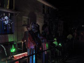 Halloween displays 2017