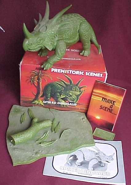 spiked dinosaur box contents
