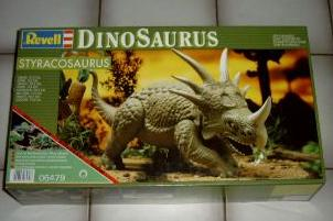 Revell-Germany 1993 spiked dinosaur box