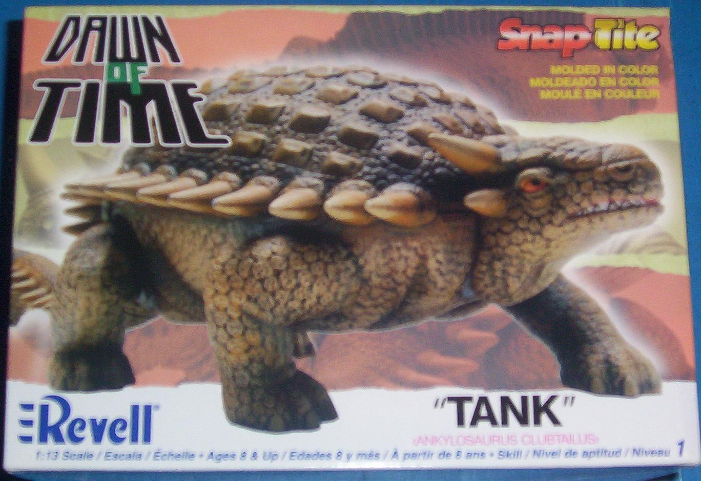 Revell 07 Armored dinosaur model box