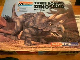 Monogram 1979 hree horned dinosaur box